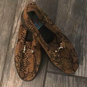 Metallic Snake Platform Loafers